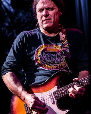 Lead Guitarist & Vocalist Bob Stirner, Photo by Ron Adelberg